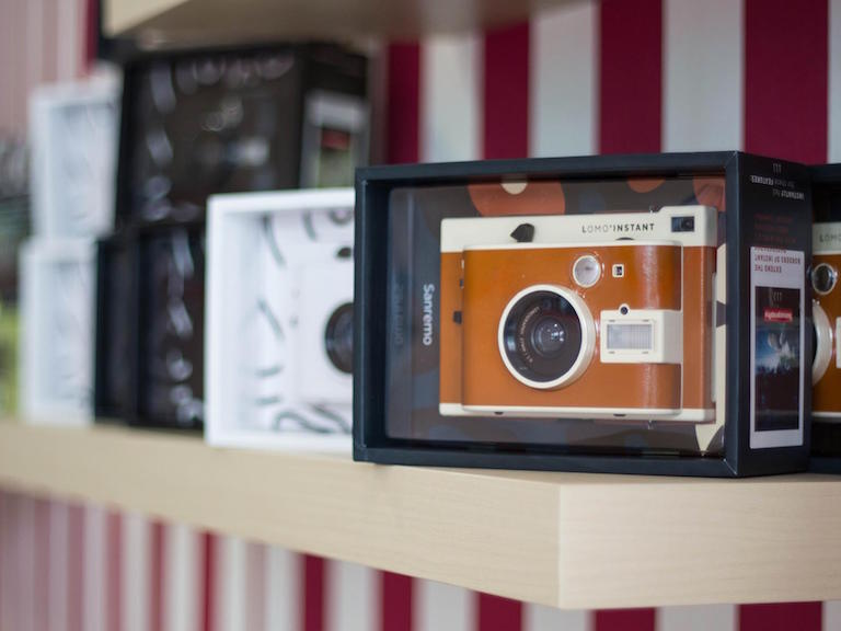 Polaroid Camera Urban Outfitters Uk : Stores · lomography